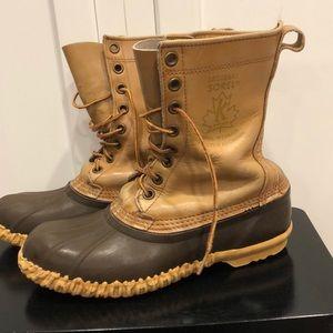 Sorel vintage Saguenay duck boots waterproof
